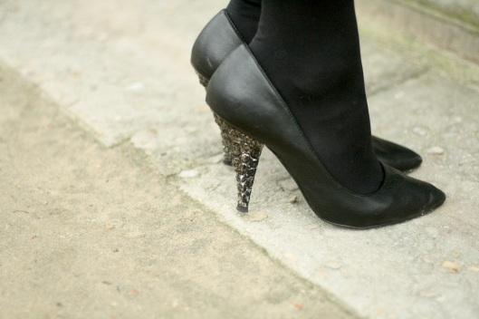 escarpins talons pierres