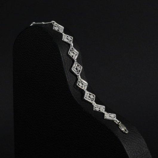 bracelet-carre-d-argent