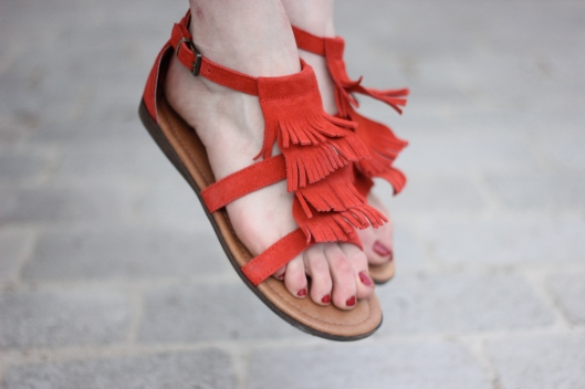 sandales daim minnetonka