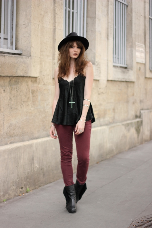look noir bordeaux