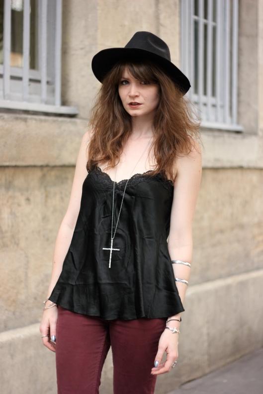 tenue chapeau