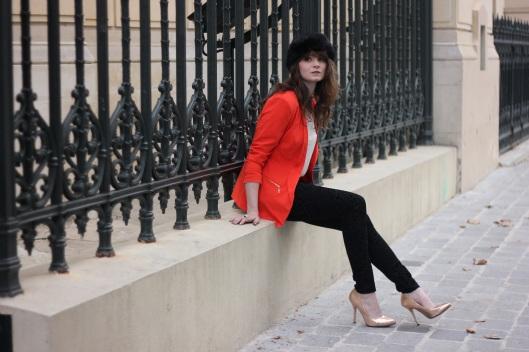 tenue noir orange