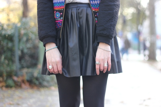 jupe plissee cuir
