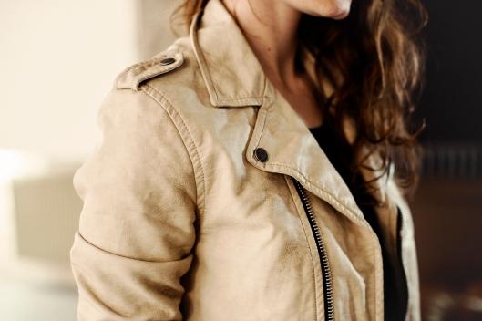 veste cuir blanc