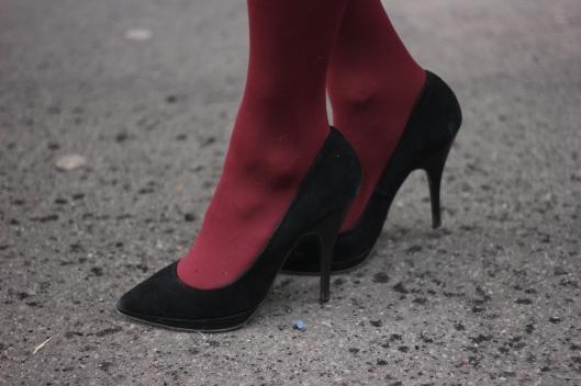escarpins collants rouges