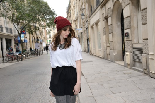 look bonnet rouge