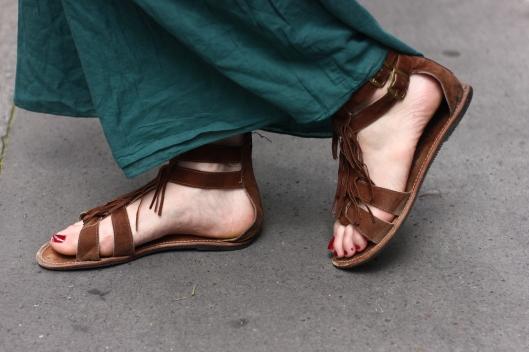 sandales daim franges