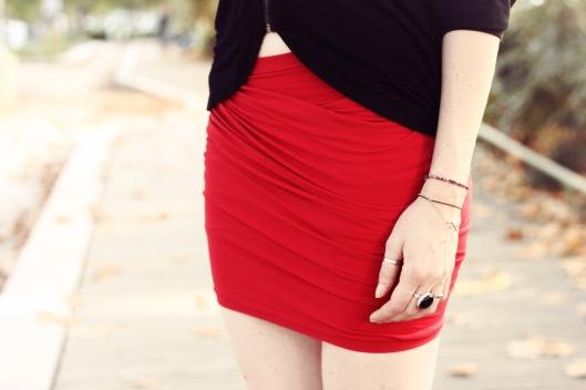 jupe rouge drapée