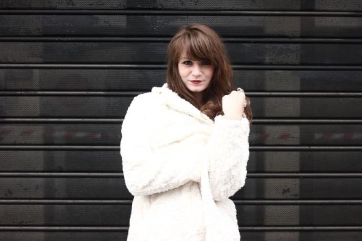 manteau fausse fourrure