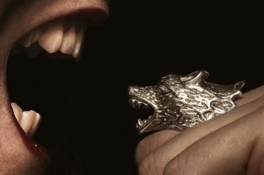 bague loup