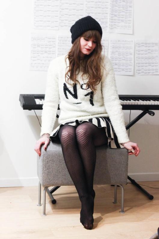 look piano